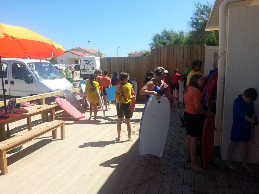 école de Mimizan surf académy