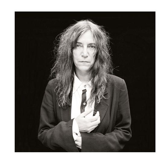 """Couverture (détail) de """"Sui generis"""" de Renaud Monfourny avec Patti Smith"""