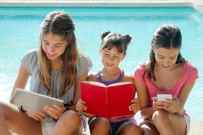 Livre, smartphone ou tablette : les modes de lecture évoluent