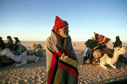 Théodore Monod au Niger , traversant le désert de Ténéré