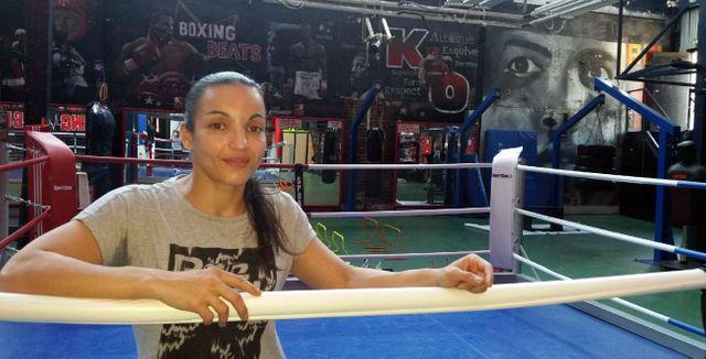 Sarah Ourahmoune, dix fois championne de France et première sélection olympique à Rio à l'entrainement