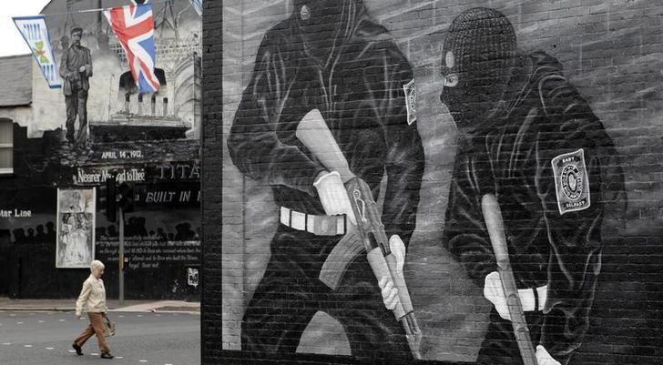 Peinture murale sur Newtonards road à l'est de Belfast, Irlande du Nord, 21 Juillet 2011.