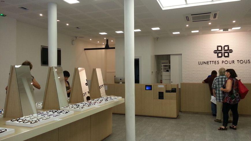dernière remise prix raisonnable 100% authentique Paris : la boutique où les lunettes sont beaucoup moins chères