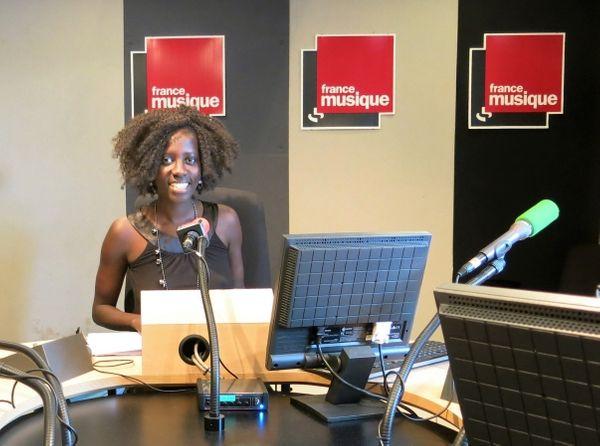 France Musique, Studio 151... Odile Sambe-de-Ricaud, productrice qui anime Objectif sieste en août 2016 ©Annick Haumier-Radio France