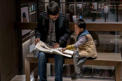 Comment travaille-t-on avec les enfants à partir des contes ?