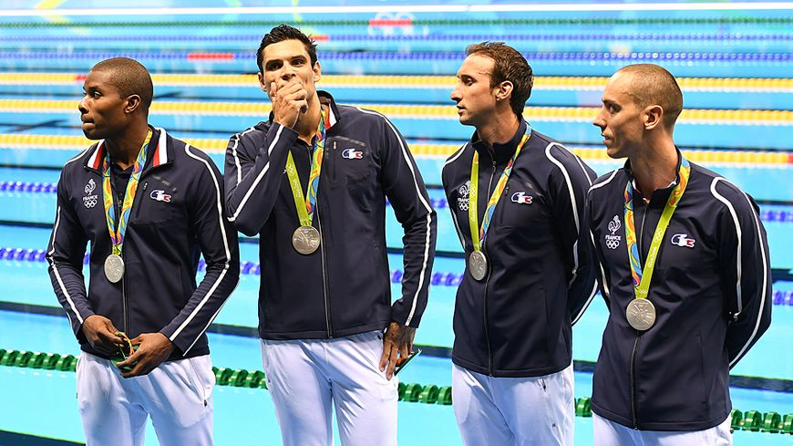 Les Français ont remporté la médaille d'argent au relais 400 mètres nage libre des JO de Rio.