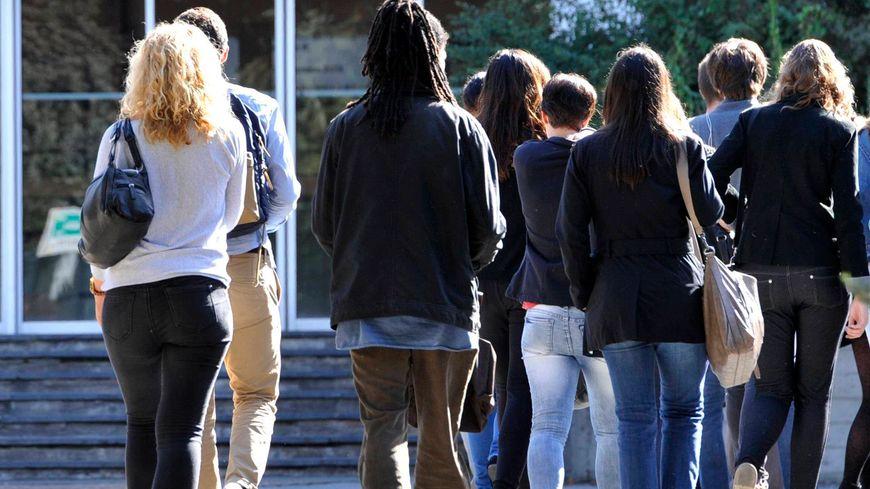 Les étudiants vont devoir augmenter leur budget de 1,01% en moyenne pour la rentrée 2016 - Illustration