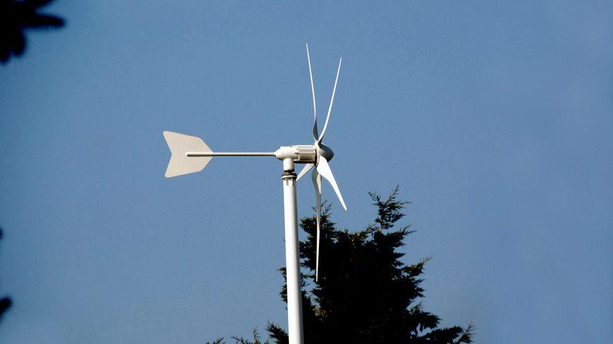 500 personnes ont été victimes d'une escroquerie de micros éoliennes de ce type