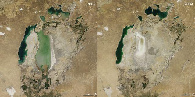 La partie sud de la mer, condamnée, s'assèche, tandis que la partie nord commence à renaître.
