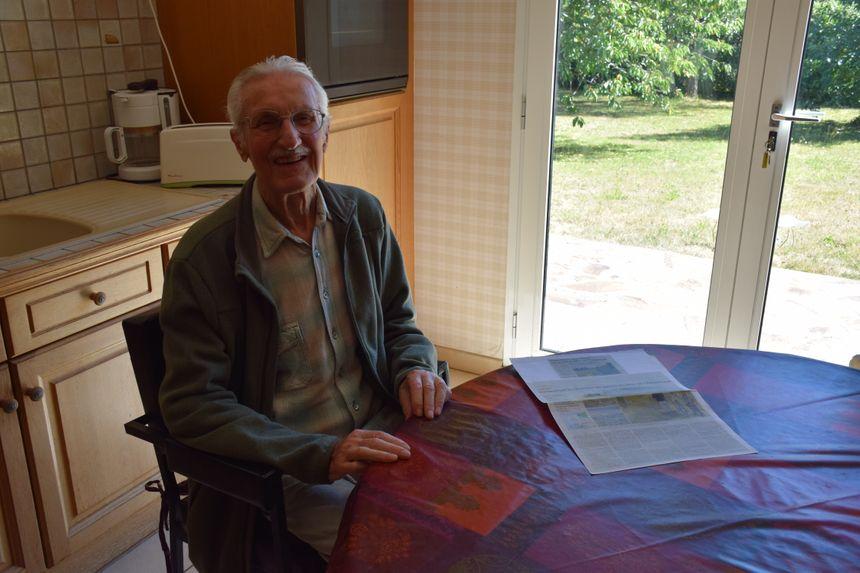 Pierre Pérennou a travaillé pour le site de concassage de galets à Tréguennec.