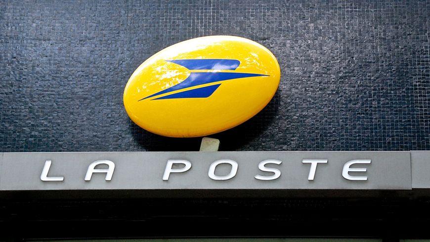La poste ferme deux agences à orléans