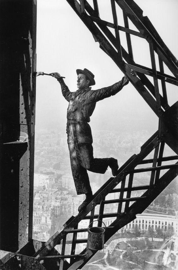 Paris, 1953. « Le peintre, surnommé Zazou, est à son aise, j'avais le vertige chaque fois qu'il se penchait pour tremper son pinceau »