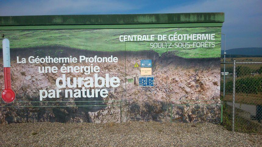 La centrale de géothermie produit de quoi alimenter 2.400 foyers en électricité.