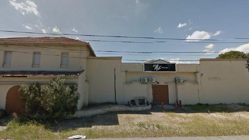 Un homme tué par balles sur le parking d'une discothèque près de Marseille (capture d'écran Google Map).