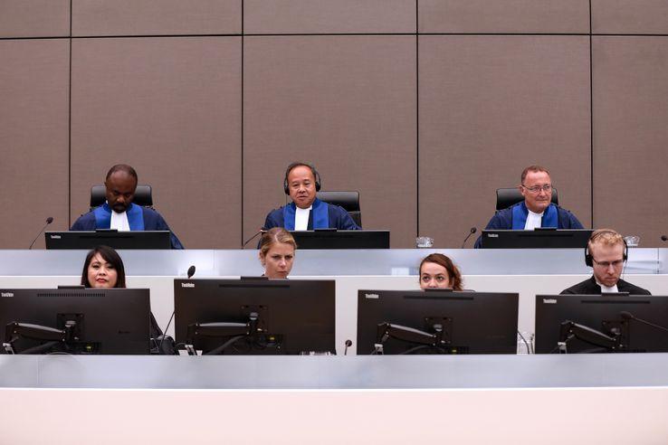 Les juges de la Cour pénale internationale lors du procès d'Ahmad Al Faqi Al Mahdi