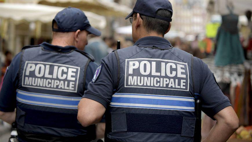 Jamais la police municipale de tours n 39 avait fait autant d - Grilles indiciaires police municipale ...