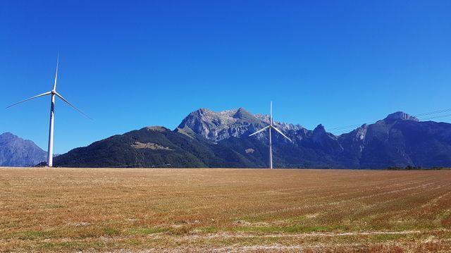 Éoliennes sur le plateau du Trièves (Isère)