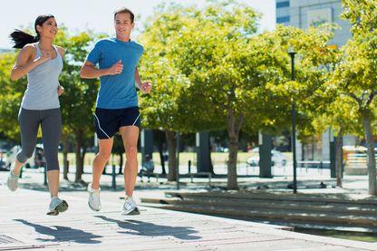 Pourquoi l'activité physique nous rend-elle plus intelligent et plus heureux ?
