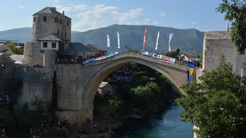 Épisode 4 : Le pont de Mostar: Réconcilier les vivants