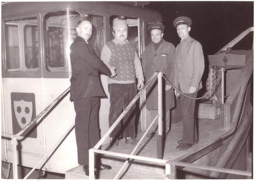 Les bulles de Grenoble : le dernier voyage de l'ancien système, 15 février 1976