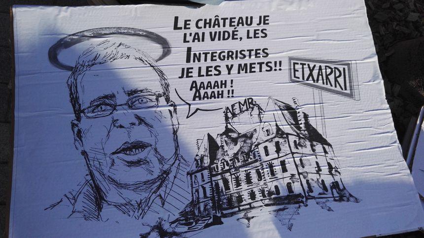 Barthélémy Aguerre, l'un des acteurs de la vente d'Etcharry, cible des opposants