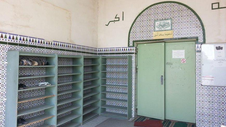 L'entrée de la mosquée Es Salam à Carpentras