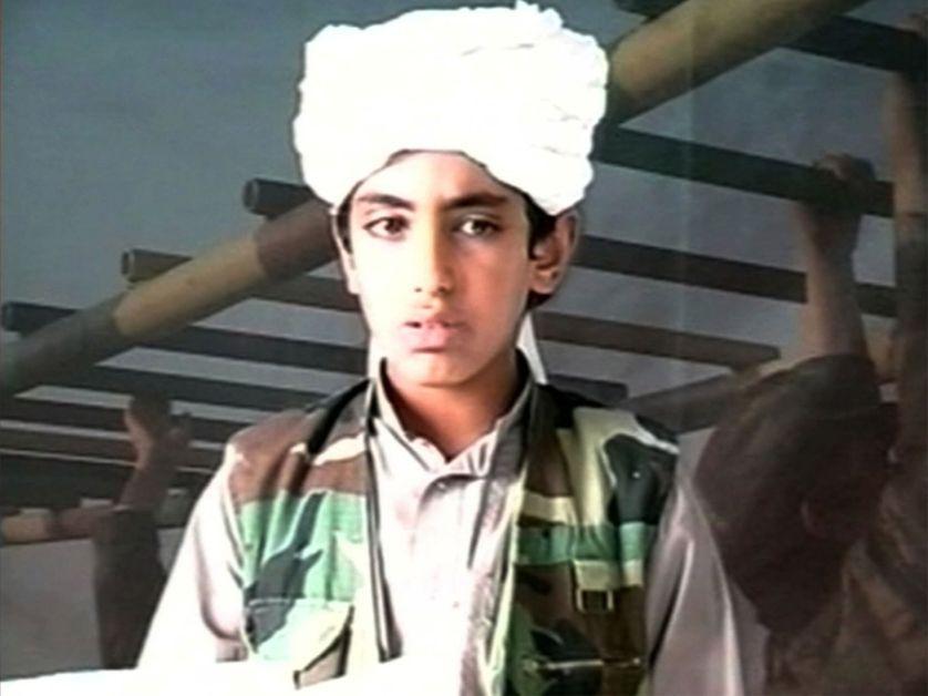 """Hamza Ben Laden, un des fils d'Oussama, appelle les djihadistes à venger son père """"au nom de tous ceux qui défendent l'islam"""" , mai 2016"""