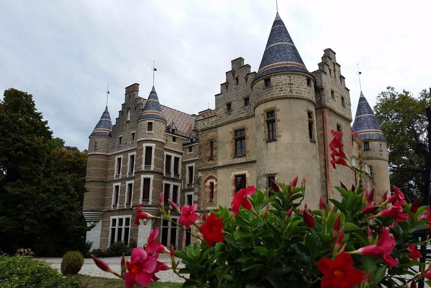 Le château de Pupetières, à Châbons