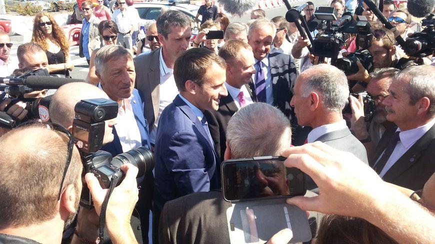 L'arrivée d'Emmanuel Macron à Châlons