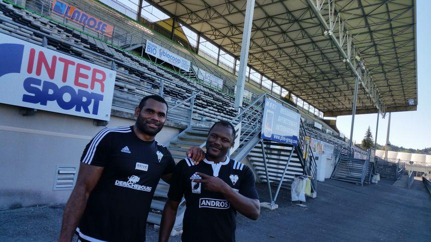 Les deux anciens joueurs de Biarritz, Sérémaia Burotu et Takudzwa Ngwenya, désormais coéquipiers à Brive