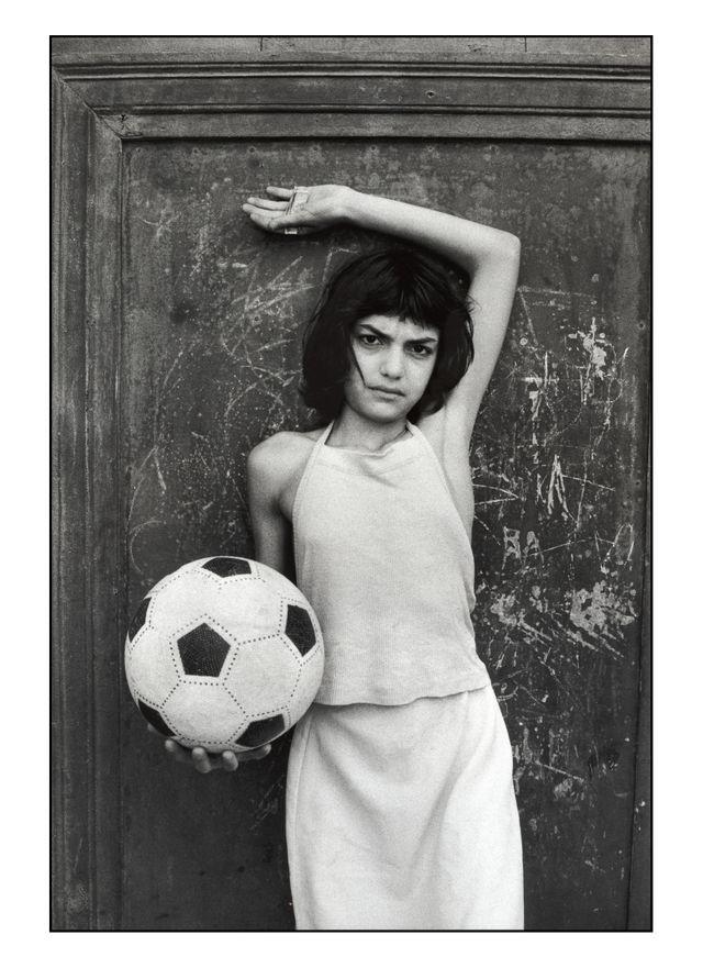 La bambina con il pallone - Palerme - 1980
