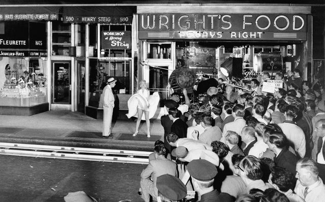 Marilyn Monroe with co star Tom Ewell  during the filming The seven year itch NY 1954