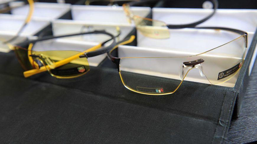 emploi lunetterie jura