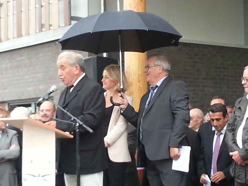 Un ptit coin de parapluie.. l'accueil des chasseurs et pêcheurs de la Somme a été plus cordial.