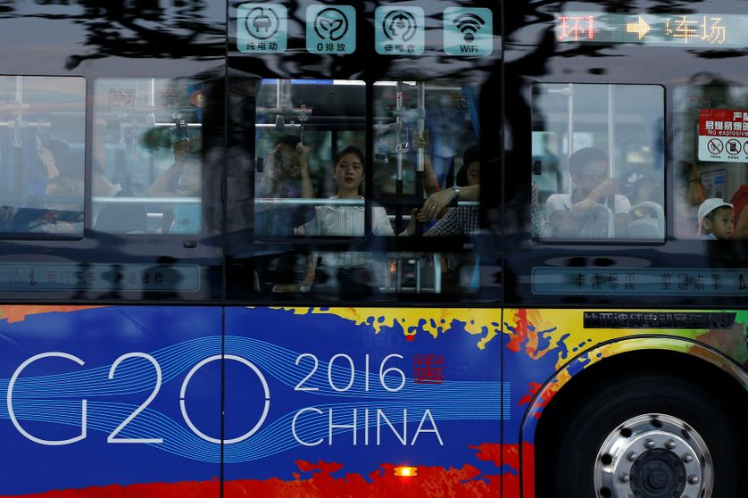 Passengers are seen on a bus near the West Lake, before G20 Summit in Hangzhou, Zhejiang Province, China August 31, 2016.