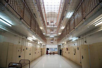 Le Centre pénitentiaire de Fresnes (16 juin 2011)