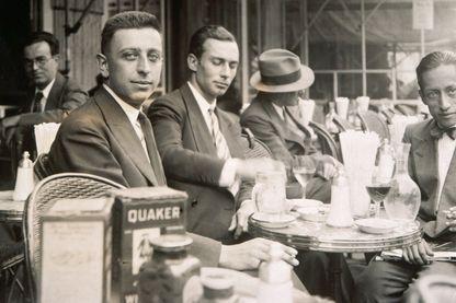 Robert Desnos au Café