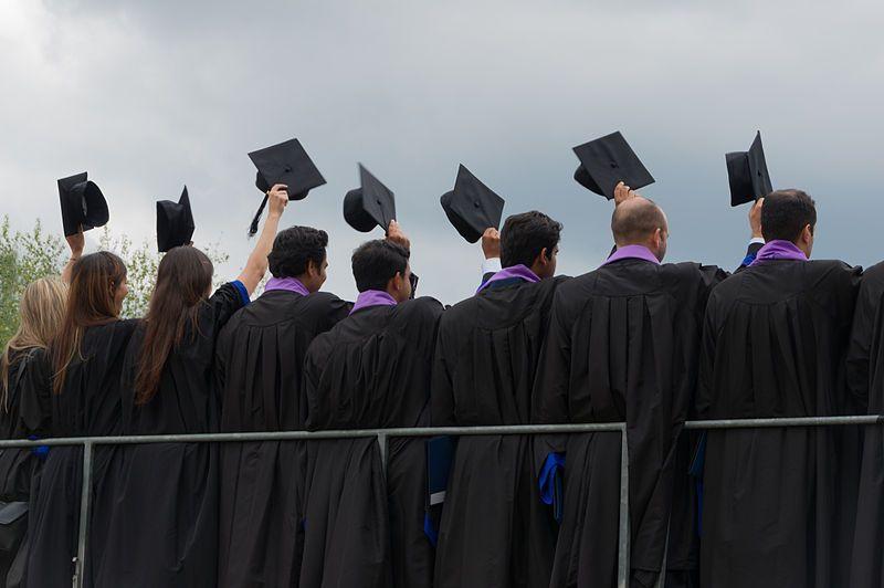 Cérémonie de sortie des MBA, HEC Paris, France, 12 juin 2015