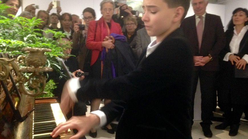Misi Boros, un pianiste hongrois âgé de 13 ans, invité de la 15eme édition des Lisztomanias.