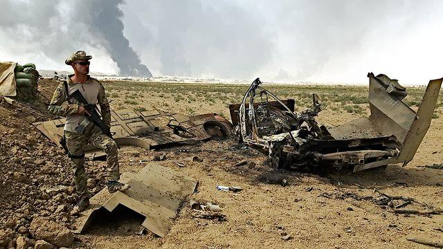 Sur le front de Qayyarah, les forces irakiennes viennent de tuer des djihadistes qui circulaient dans une voiture piégée