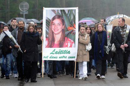 Marche silencieuse à la Bernerie en Retz en mémoire de Laetitia Perrais 18/01/2012
