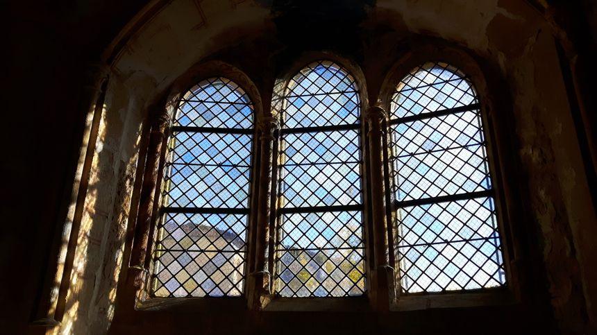 Vue de l'intérieur de la Chapelle Saint-Quentin à Scy-Chazelles