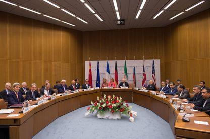 La dernière séance de travail des négociations nucléaires iraniennes le 14 Juillet, 2015 Vienne, Autriche