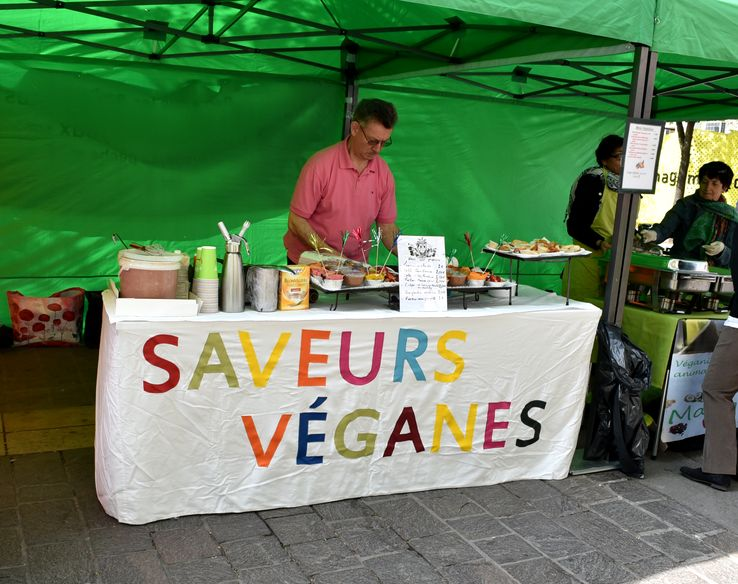 Vegan Place, rassemblement végane place du Châtelet, à Paris, en avril 2015