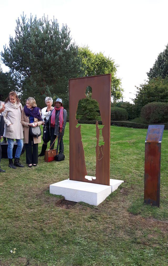 Le monument des reporters disparus inauguré le 6 octobre 2016 à Bayeux