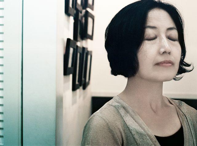 Femme dans un intérieur, Séoul, Corée, 2014