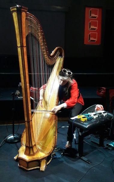 Hélène Breschand au studio 106 par S Noël