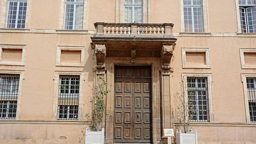 Le palais de justice de carpentras