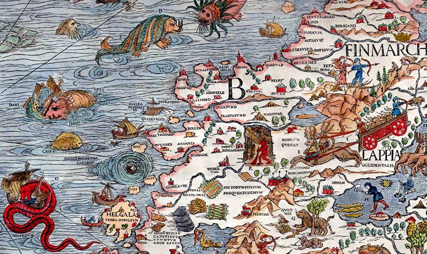 """Extrait de la carte Marine d'Olaus Magnus (1539), avec un """"serpent de mer"""", en bas à gauche."""