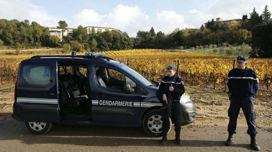 Contrôle de gendarmerie aux abords de la maison de retraite de Montferrier-sur-Lez